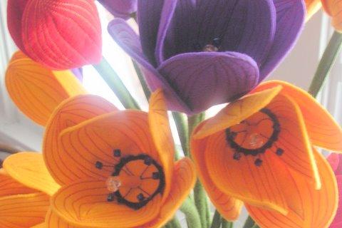 Lynne_farris_felt_flowers
